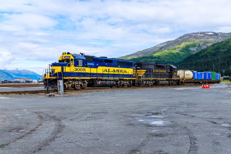 Train de fret en Whittier, Alaska photo stock