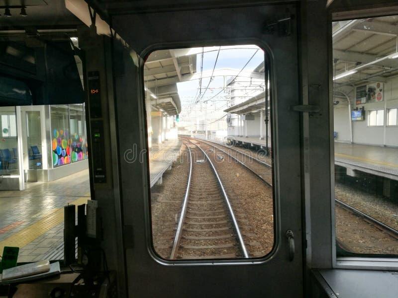 Train de Hanshin/Sanyo vers Himeji images libres de droits