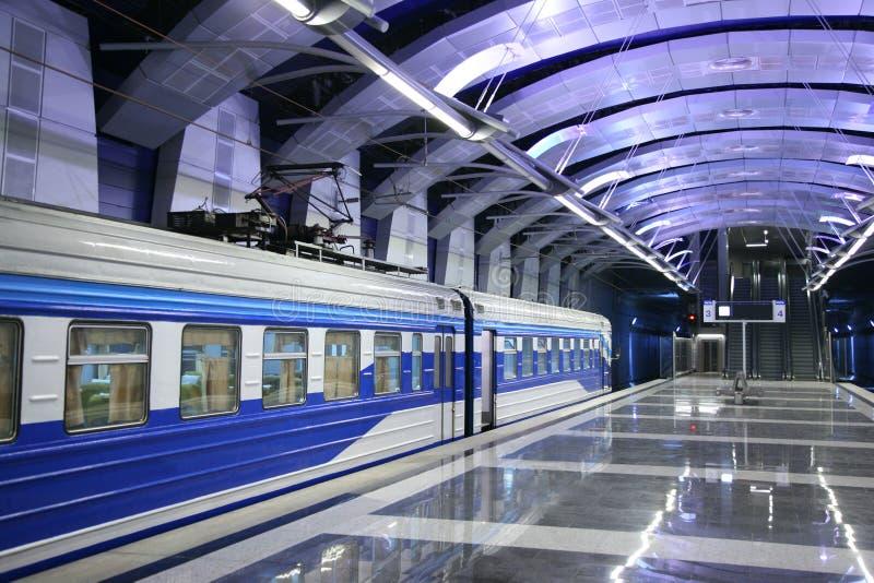 train de station de métro image libre de droits