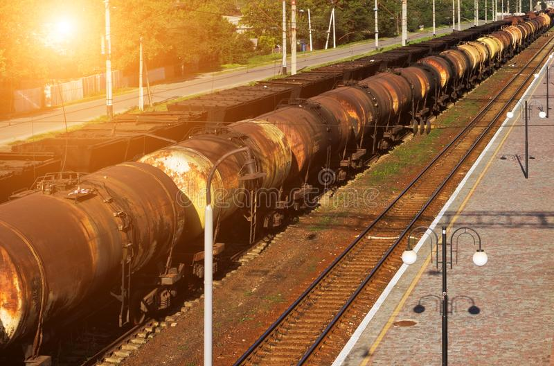 Train de transport d'huile du réservoir image libre de droits