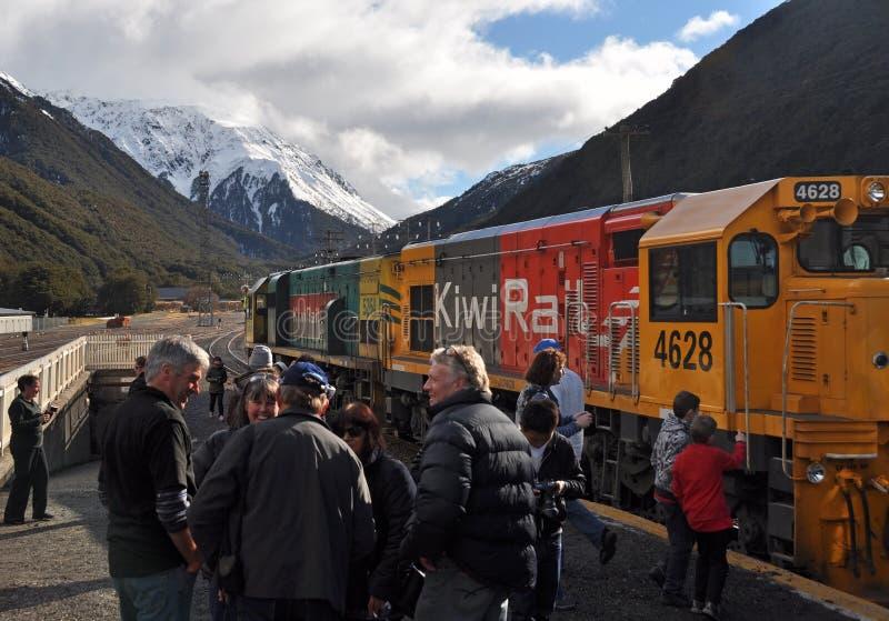 Train de TranzAlpine, passage d'Arthurs, Nouvelle Zélande images stock