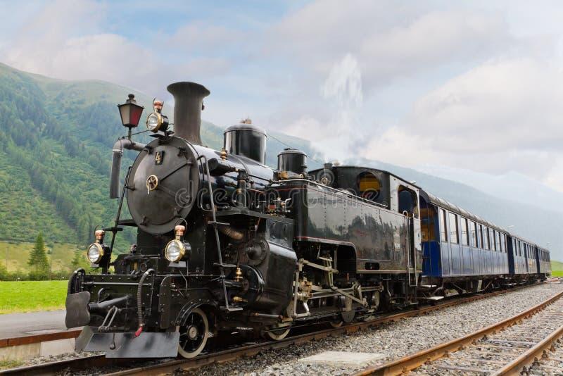 Train de vapeur de cru photo libre de droits