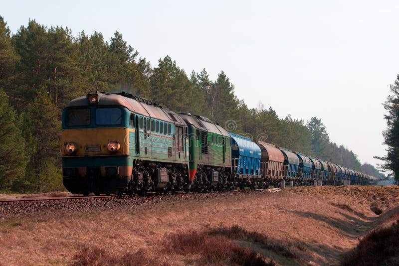 Train diesel de fret photo libre de droits