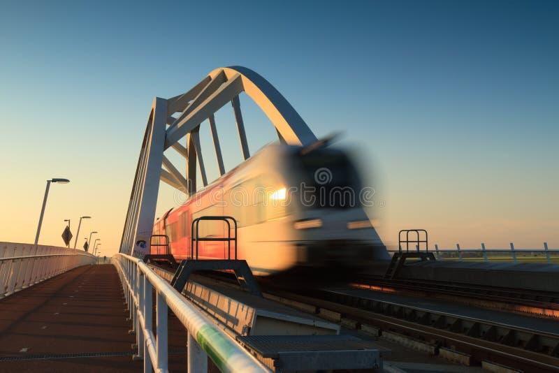 Train expédiant images stock