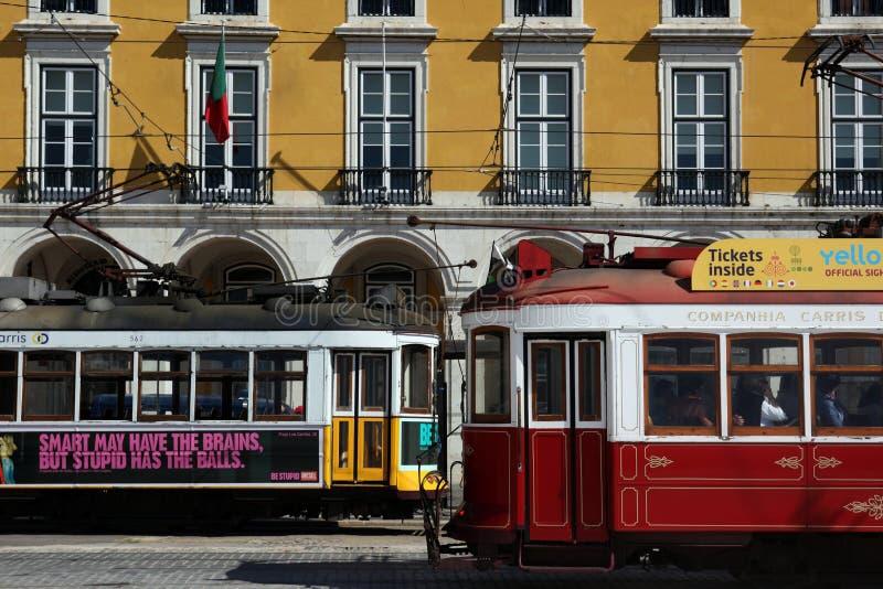 train funiculaire de transport de l 39 europe portugal lisbonne image ditorial image du railway. Black Bedroom Furniture Sets. Home Design Ideas