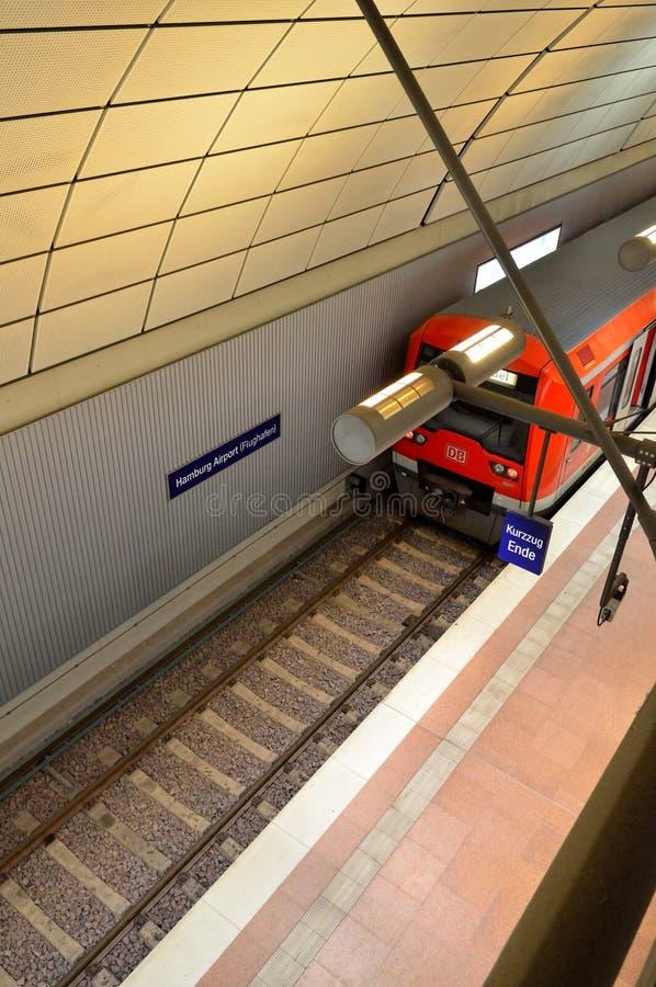 Download Train At Hamburg Airport In Germany Editorial Image - Image: 28704500