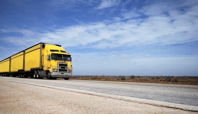 Train routier image libre de droits