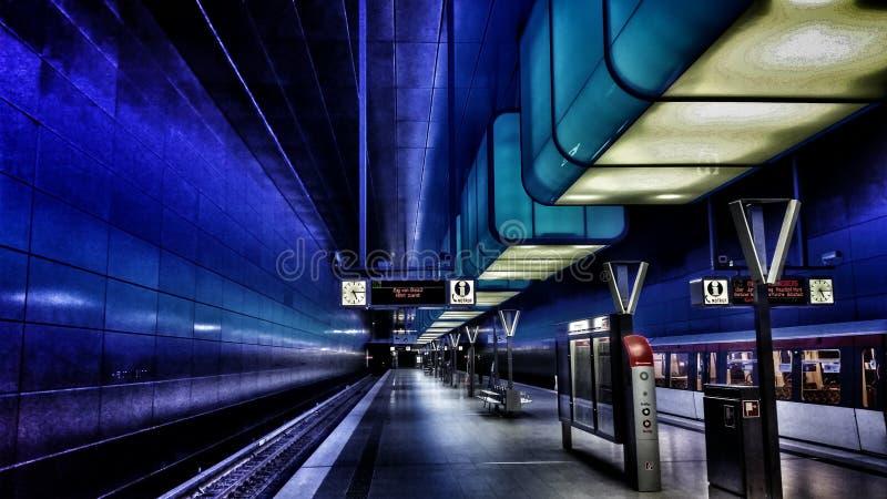 Trainstation HafenCity Hamburgo fotos de stock royalty free