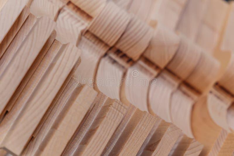 traitement de bois Travail de menuiserie Meubles en bois Matériau de construction en bois de bois de construction pour le fond et photo libre de droits
