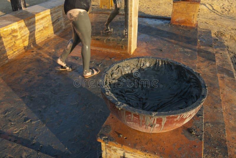 Traitement de boue de mer morte, voyage, Jordanie image stock