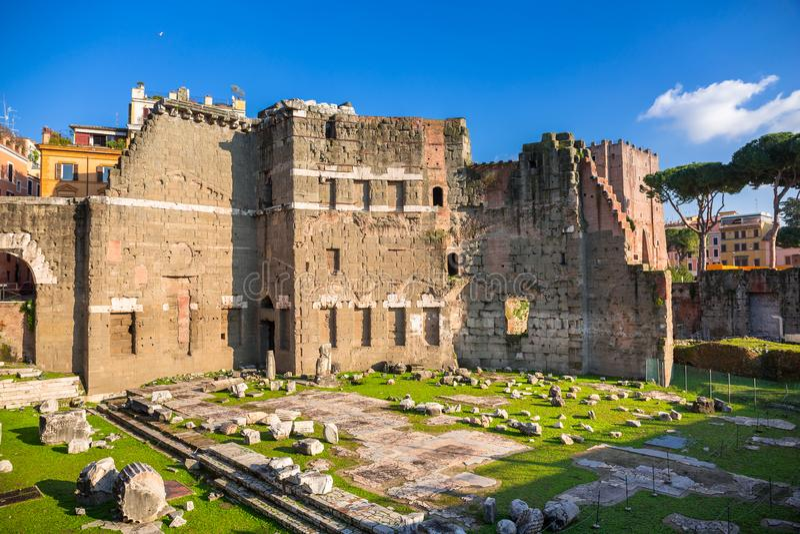 Trajan论坛的废墟在罗马,意大利 图库摄影