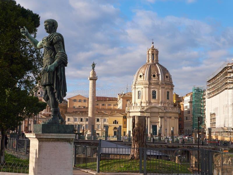 Trajan雕象,在Trajan ` s论坛和Trajan ` s专栏附近位于罗马,意大利 免版税库存图片