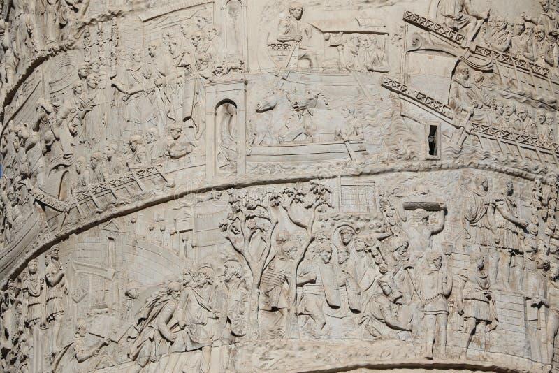Download Trajan&en x27; s-kolonn arkivfoto. Bild av turism, fora - 76704110