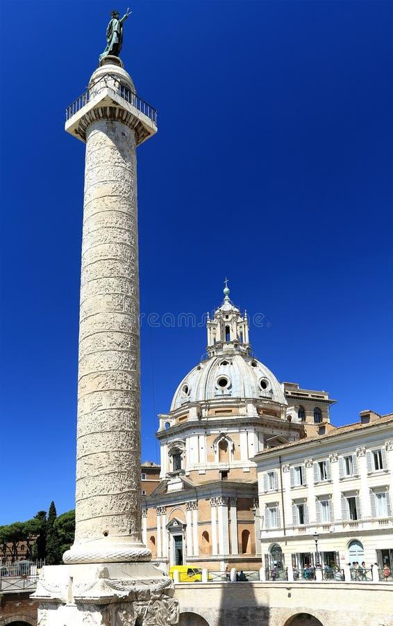 trajan kolonn s royaltyfria foton
