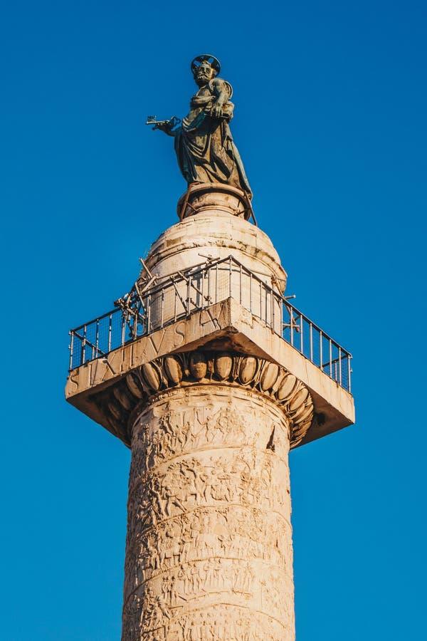Trajan ` s专栏科隆纳Traiana在罗马,意大利 纪念R 免版税库存照片