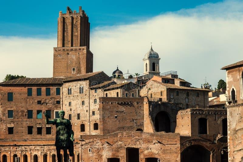 Trajan ` s论坛在罗马 库存图片