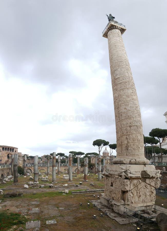 Trajan' s-kolonn arkivbilder