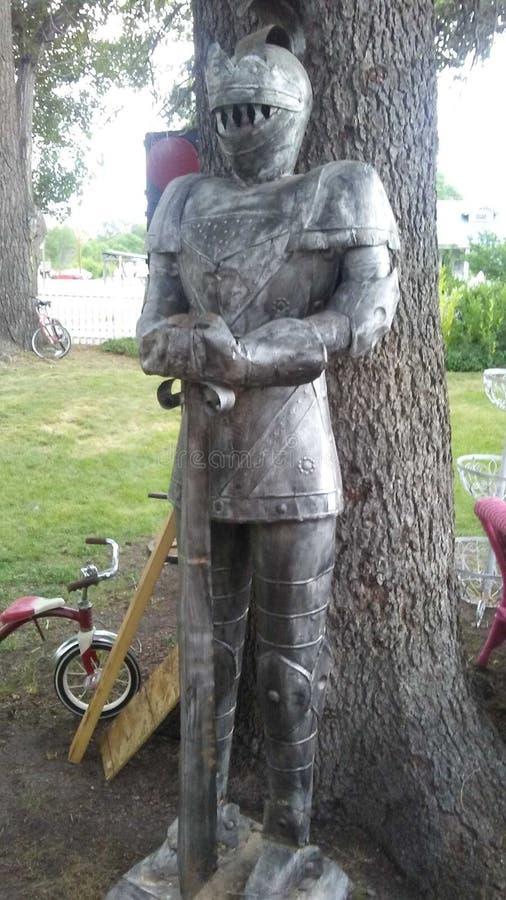 Traje de Armor Statue imágenes de archivo libres de regalías