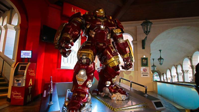 Traje de Buster Iron Man do casco no museu da senhora Tussauds imagens de stock royalty free