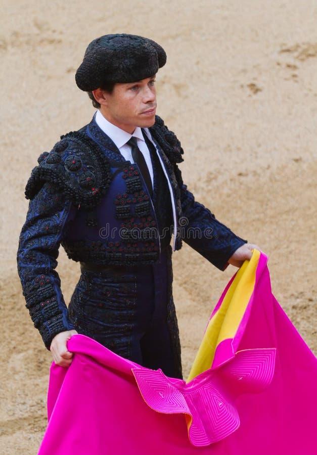 Traje do Bullfighter azul e preto fotografia de stock royalty free