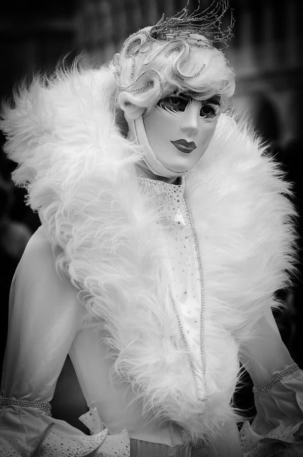 Traje enmascarado carnaval veneciano Italia foto de archivo