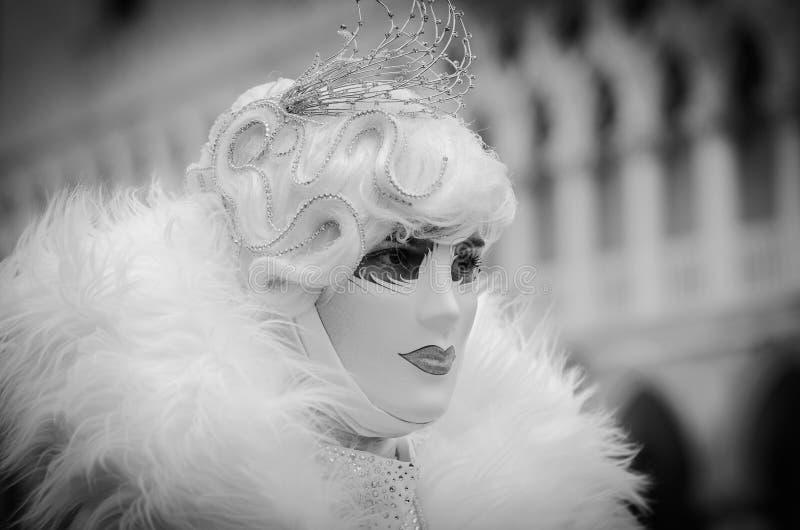 Traje enmascarado carnaval veneciano Italia imagen de archivo libre de regalías