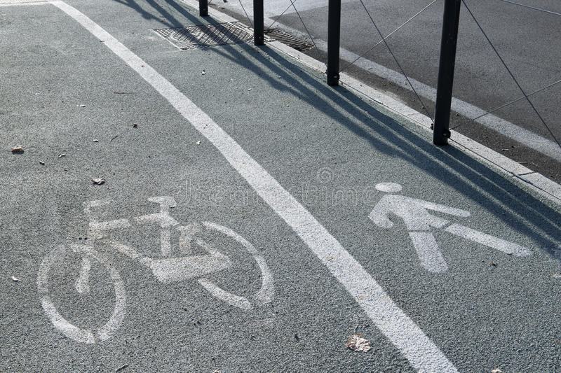 Trajeto da bicicleta foto de stock