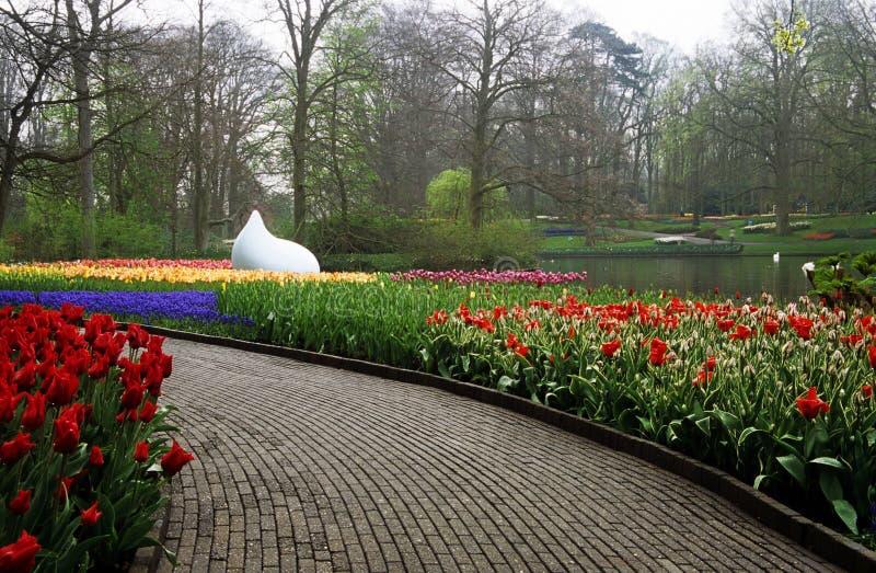 Trajeto do jardim de Keukenhof imagens de stock royalty free
