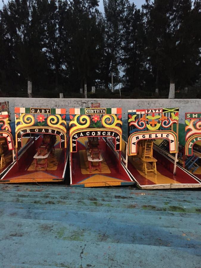 Trajineraboten in Xochimilco, Mexico royalty-vrije stock afbeeldingen
