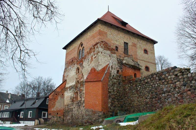 TRAKAI, LITUANIA - 2 DE ENERO DE 2013: Castillo de la pen?nsula de Trakai fotografía de archivo