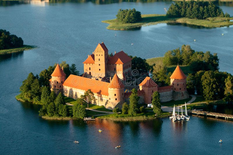 Trakai Schloss in Litauen stockfotos