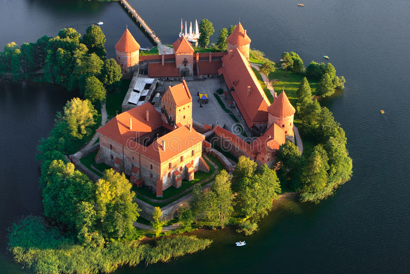 Trakai slott i Litauen fotografering för bildbyråer