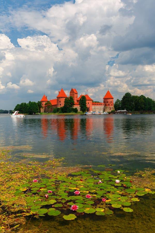 Trakai wyspy kasztel w letnim dniu zdjęcia royalty free