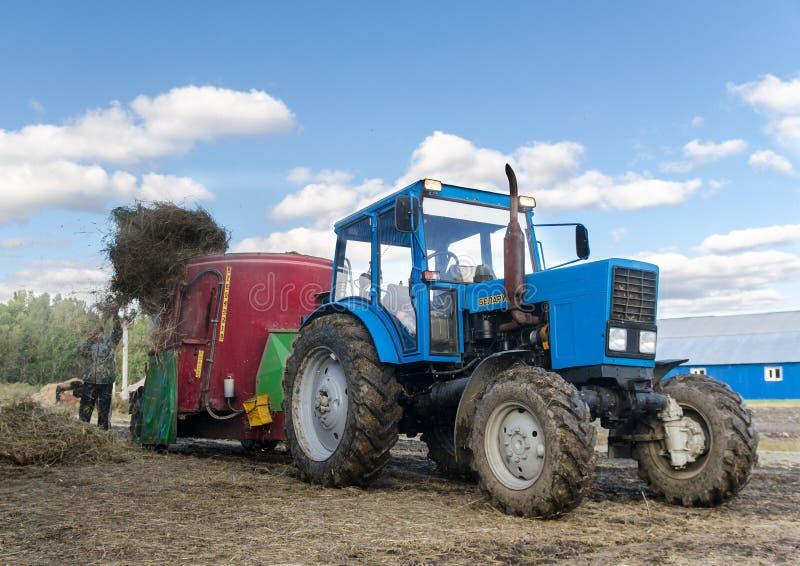 Traktor Vitryssland royaltyfria foton