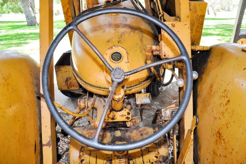 Traktorstyrninghjul royaltyfria foton