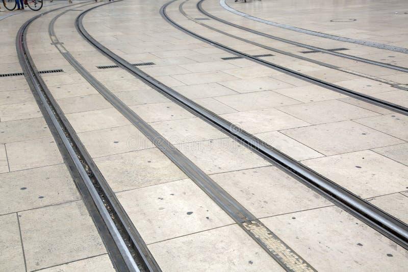 Tram-Bahn; Comedie-Quadrat, Bordeaux stockfotografie