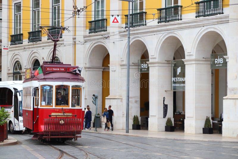 Tram de rouge de Lisbonne photos libres de droits