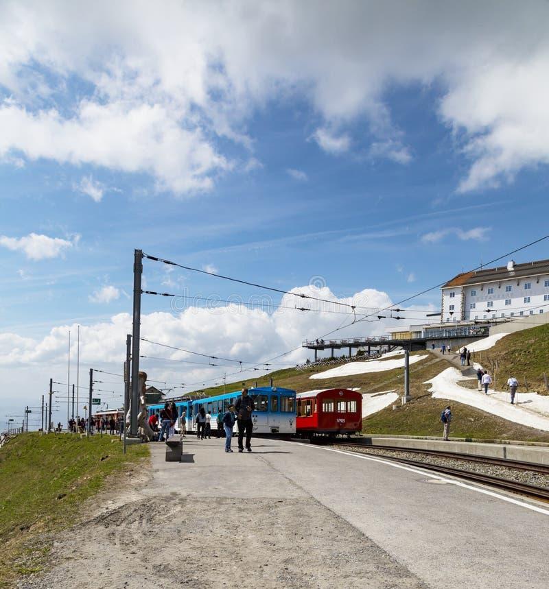 Tram del cavo elettrico del bahn di Rigi sul kulm Lucerna Svizzera di Rigi, fotografia stock