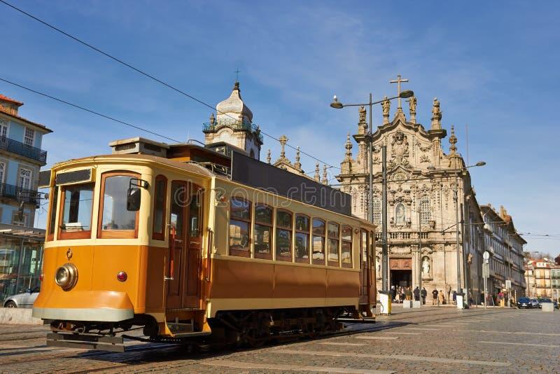 Tram della via a Oporto, Portogallo fotografia stock