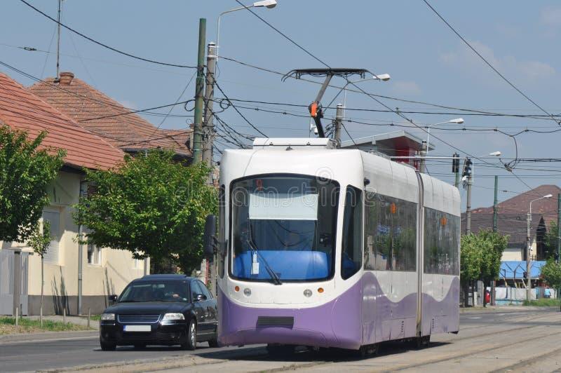 Tram in den Straßen der Stadt lizenzfreie stockfotografie