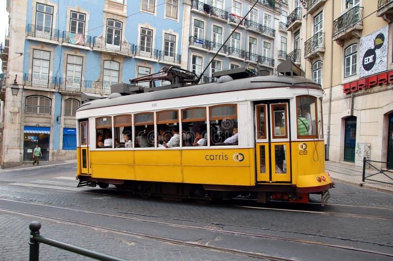 Tram famoso di Lisbona immagine stock