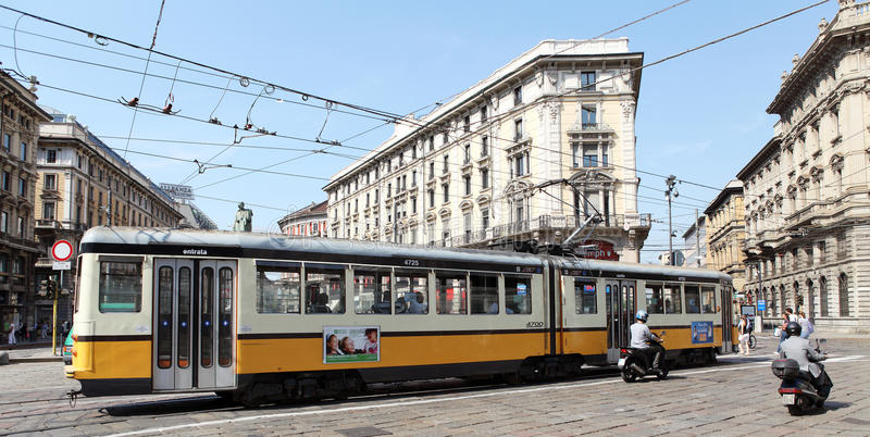 Tram in Milaan, Italië royalty-vrije stock afbeelding