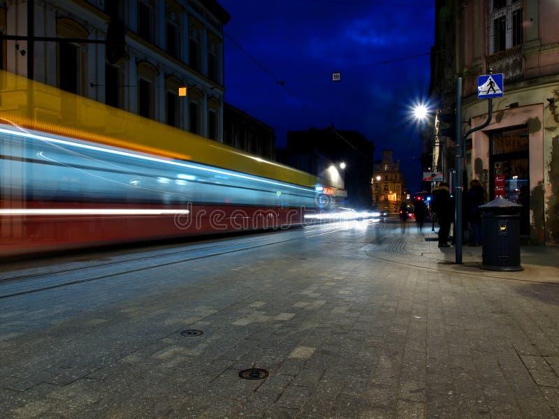 Tram nella sera fotografia stock libera da diritti