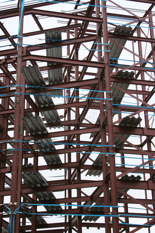 Trame en métal d'une construction image libre de droits