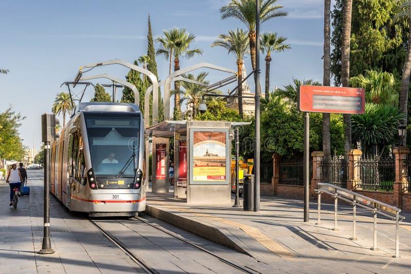 Tramhalt in Sevilla Spanien lizenzfreies stockbild