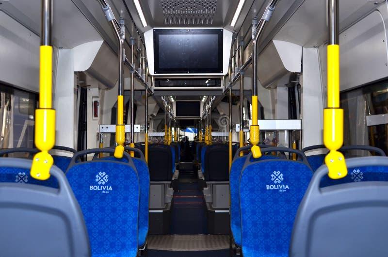 """Traminnenraum """"Metelista"""" für das Cochabamba-Stadtzugprojekt in Bolivien lizenzfreie stockfotografie"""