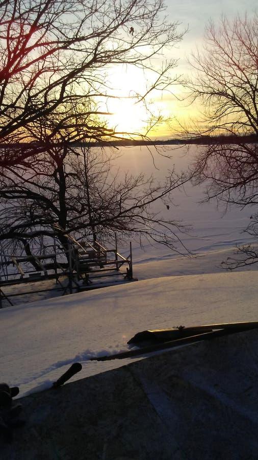 Tramonto ad ovest del lago di mcdonald immagini stock