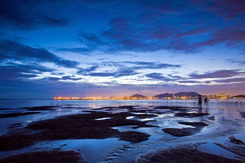 Tramonto all'area umida ed al litorale di Hong Kong immagine stock libera da diritti
