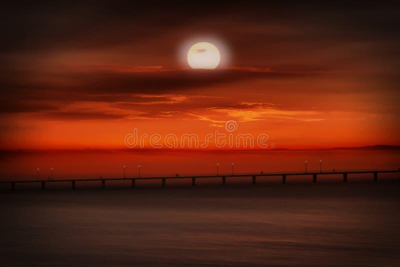 Tramonto alla costa di Mar Nero fotografia stock