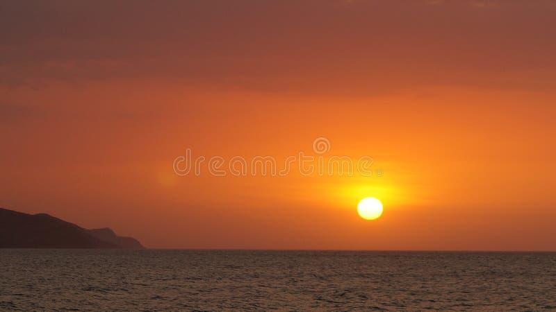 Tramonto alla spiaggia del San Luis, ¡ di Cumanà immagini stock